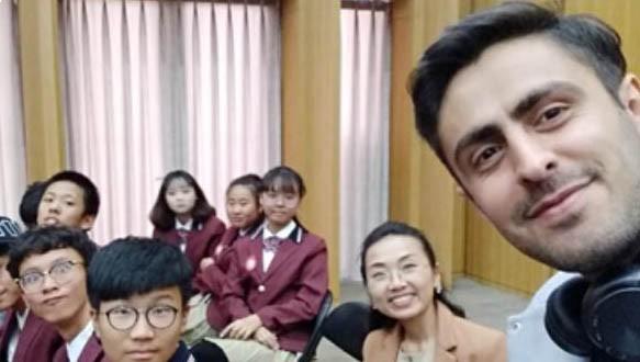 光大学校外国语部高中日英双语班