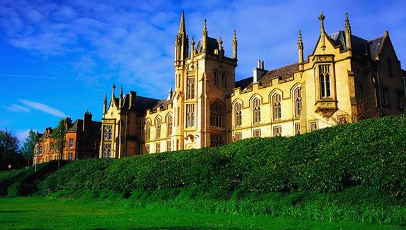 英國留學,如何申請本科、碩士預科?